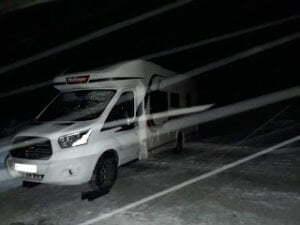 Pneus d'hiver ou chaînes pour camping-car? Que choisir?