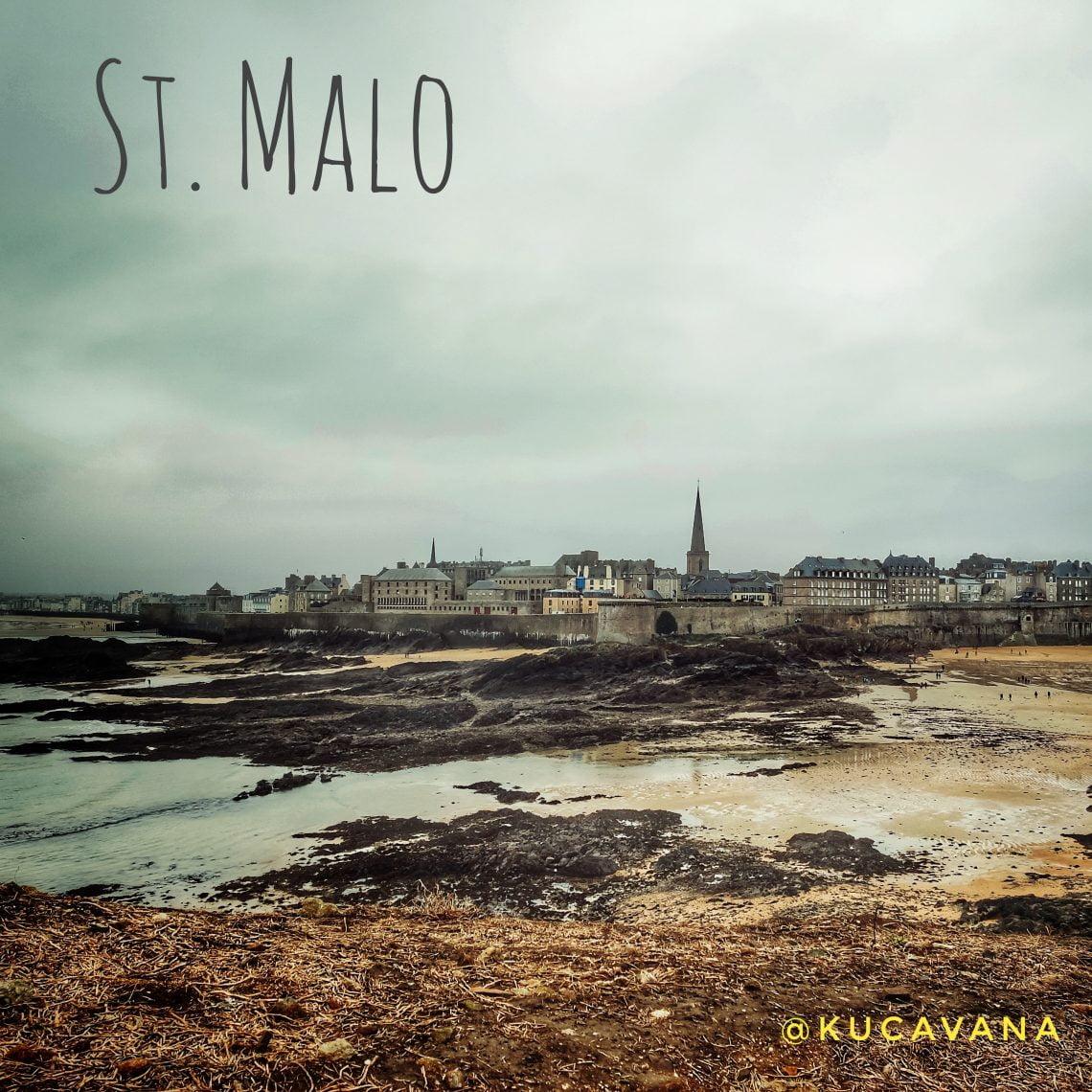 Saint-Malo, Bretaña Francesa vista desde la Isla Gran de Ré