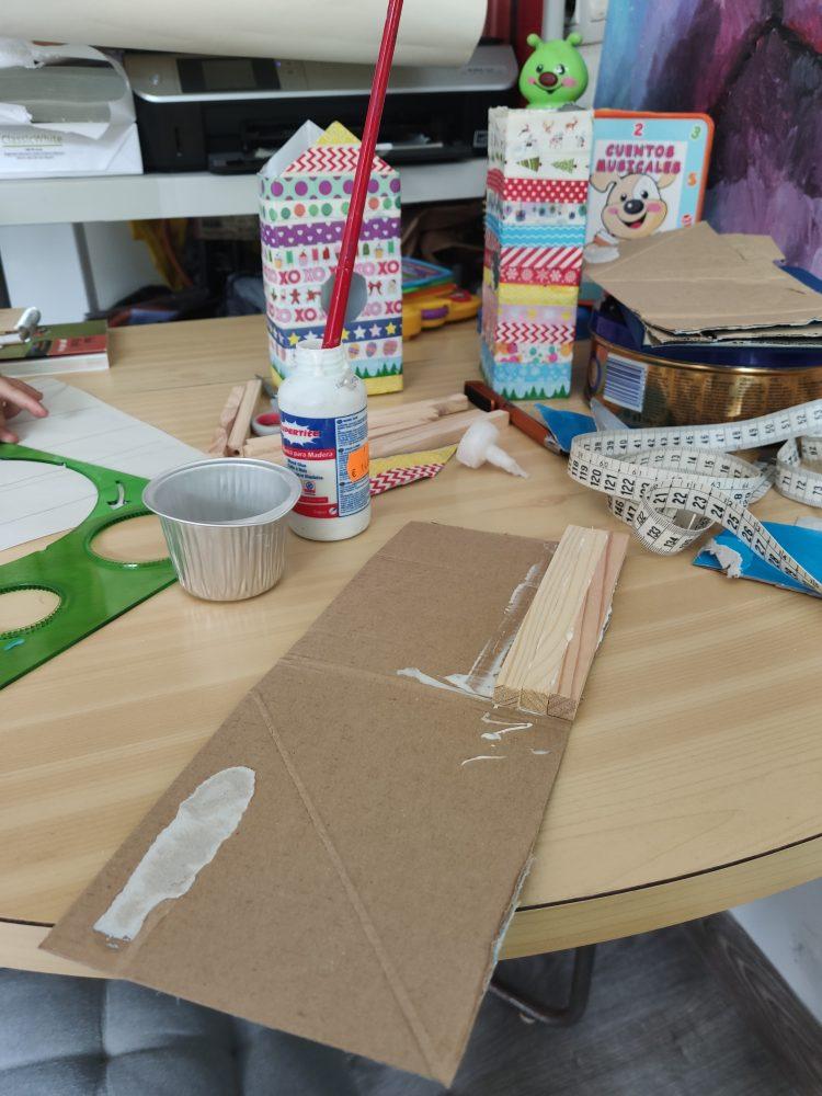 como hacer una casa para pajaros facil con materiales reciclados