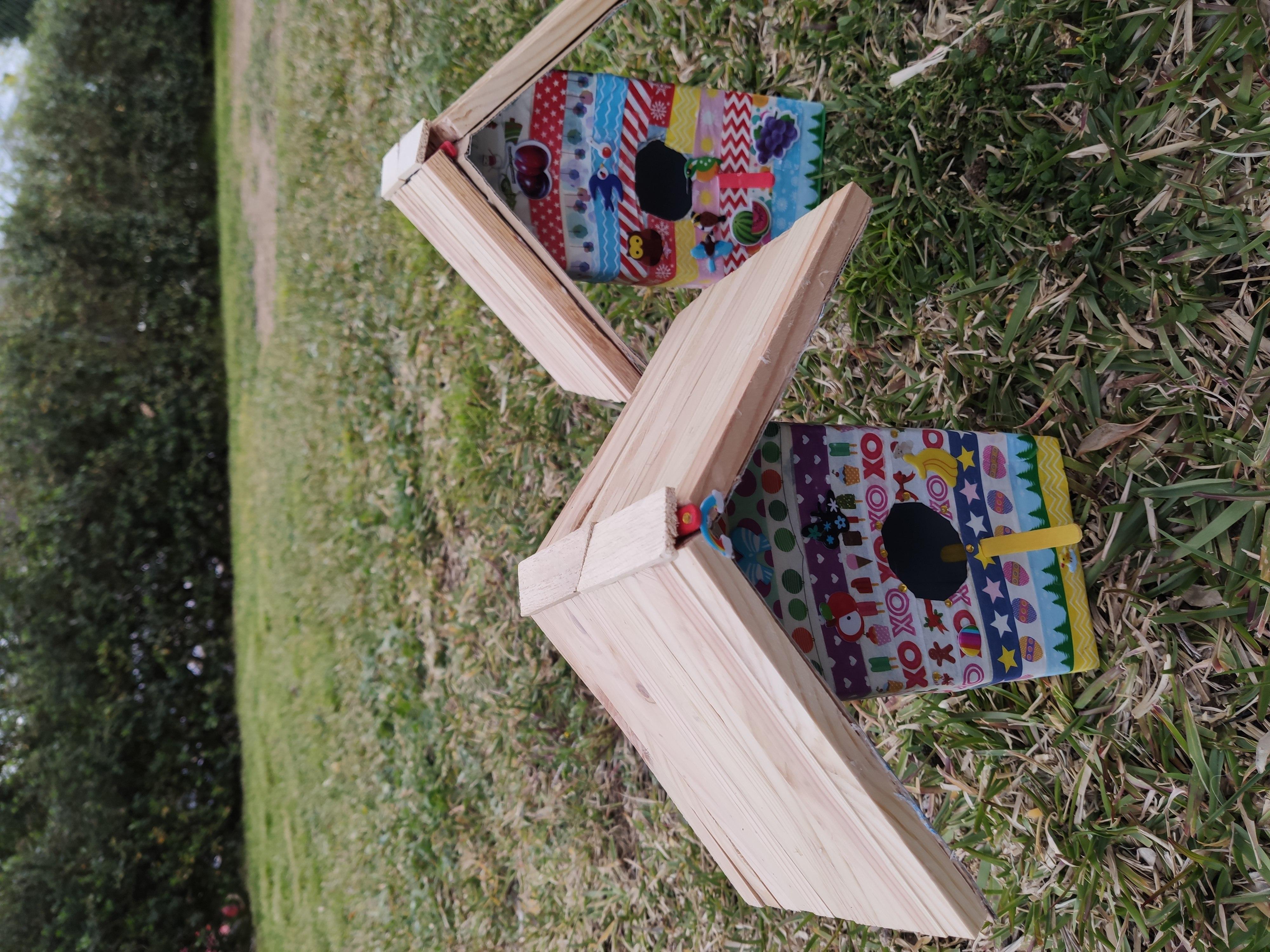 casas de pájaros con materiales reciclados