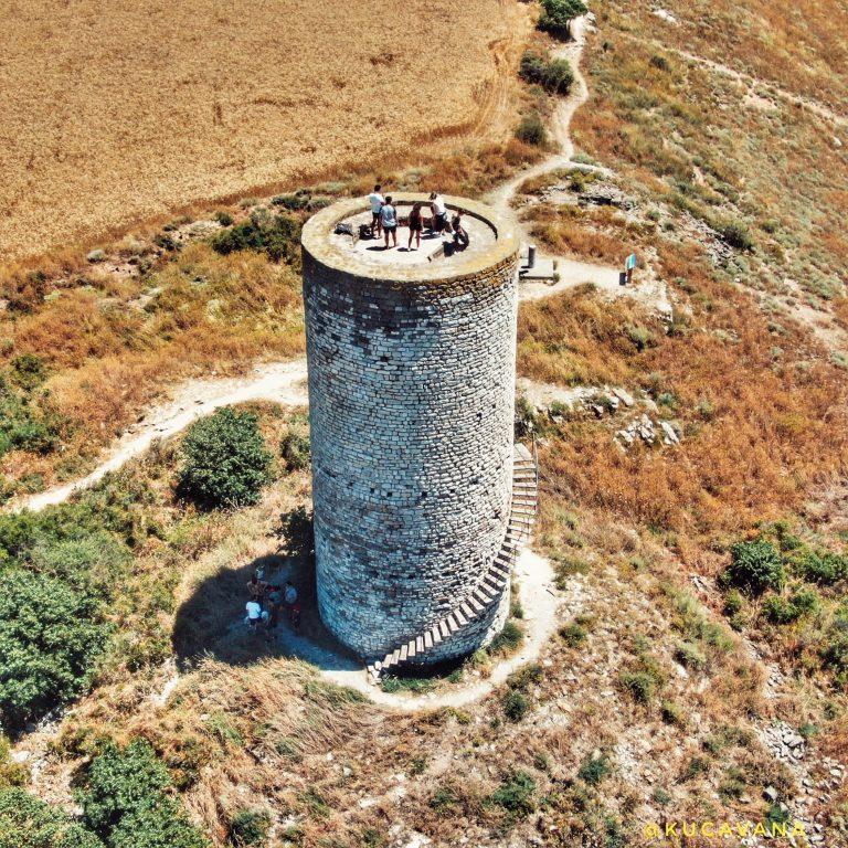 pilar de l'almenara ( Urgell )