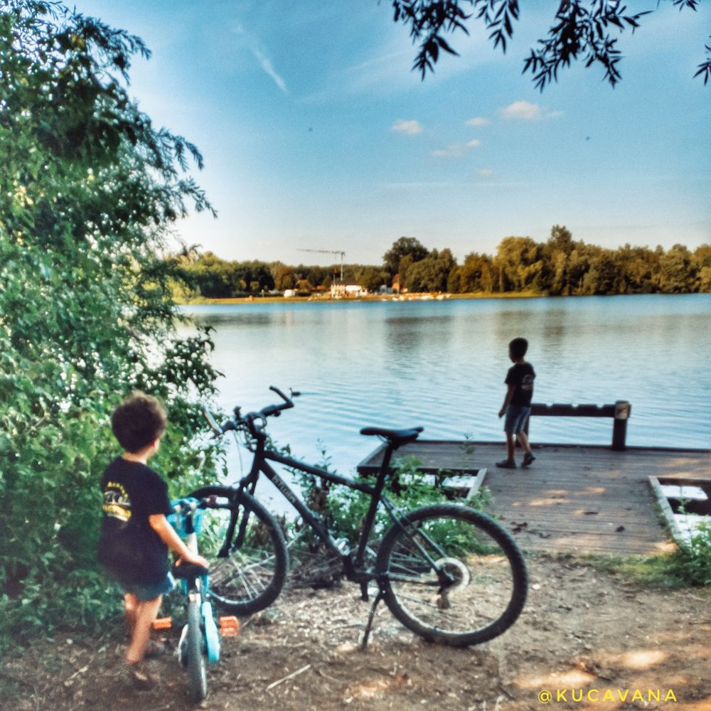 Lago de Rotselaar Belgica cerca de Lovaina