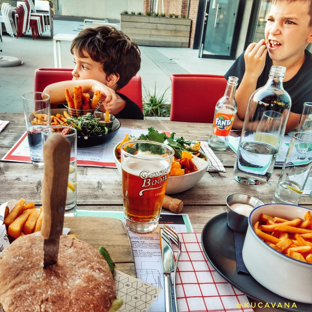 Lovaina Belgica donde comer