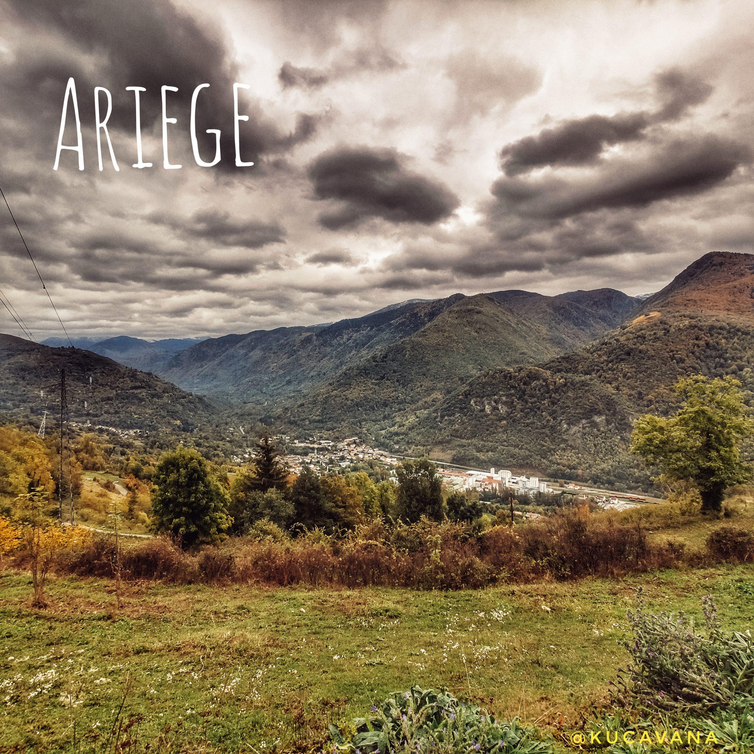 Valle de Ax desde el Castillo de Lordat en el Ariege