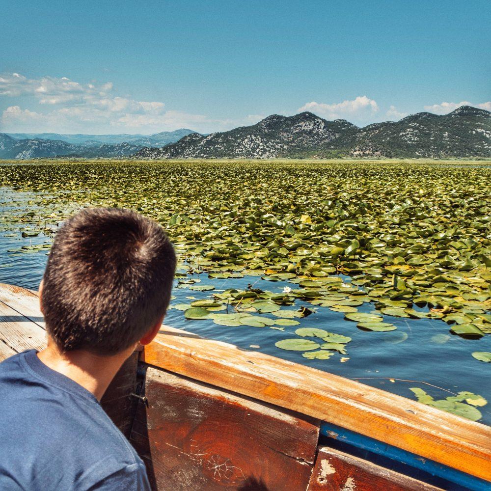 Lago Skadar en la ruta por los Balcanes en autocaravana