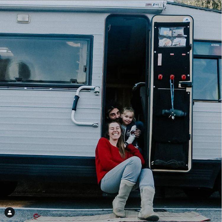 Live reisen und schreiben in einem Wohnmobil. Interview mit Babyvanblog