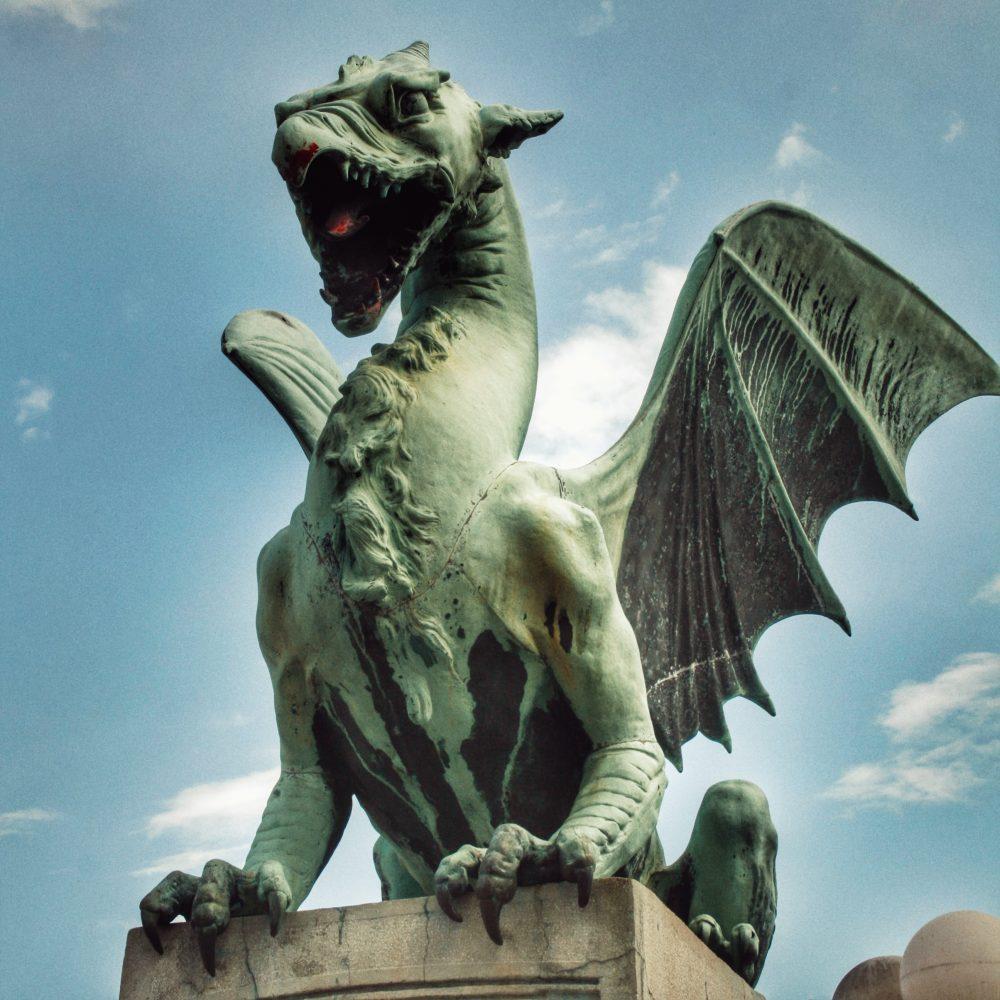 Ljubljana en autocaravana (el dragón símbolo de la ciudad)