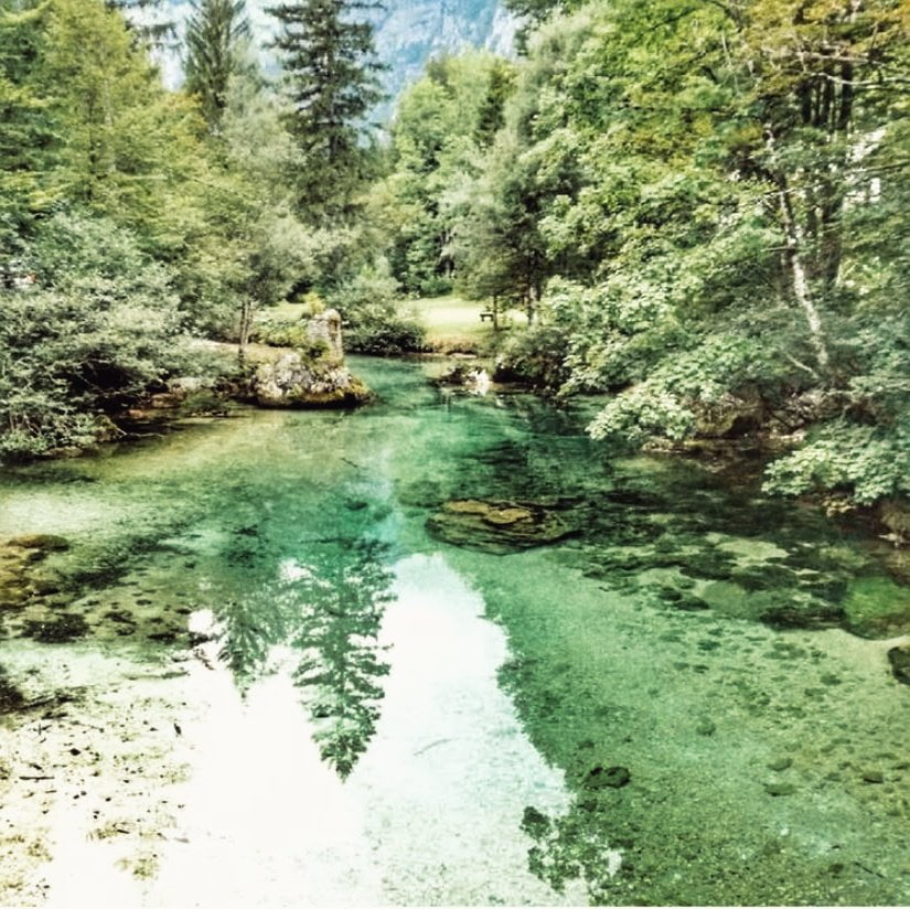 Bohinj lago (zona menos turistica). Eslovenia en furgoneta camper