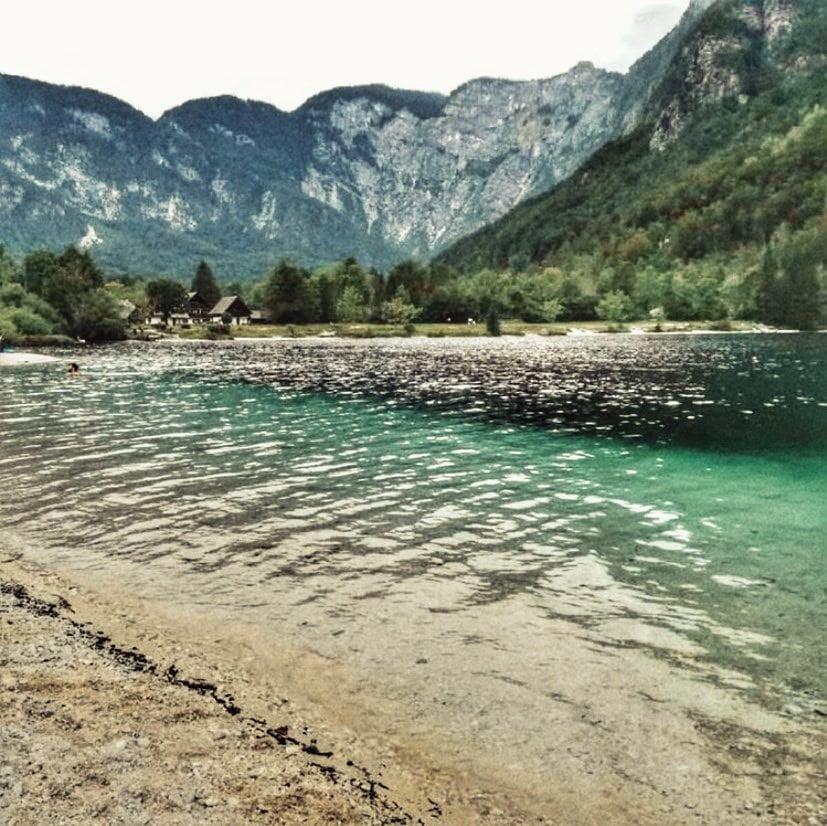Bohinj lago (zona menos turistica). Viaje a Eslovenia en autocaravana
