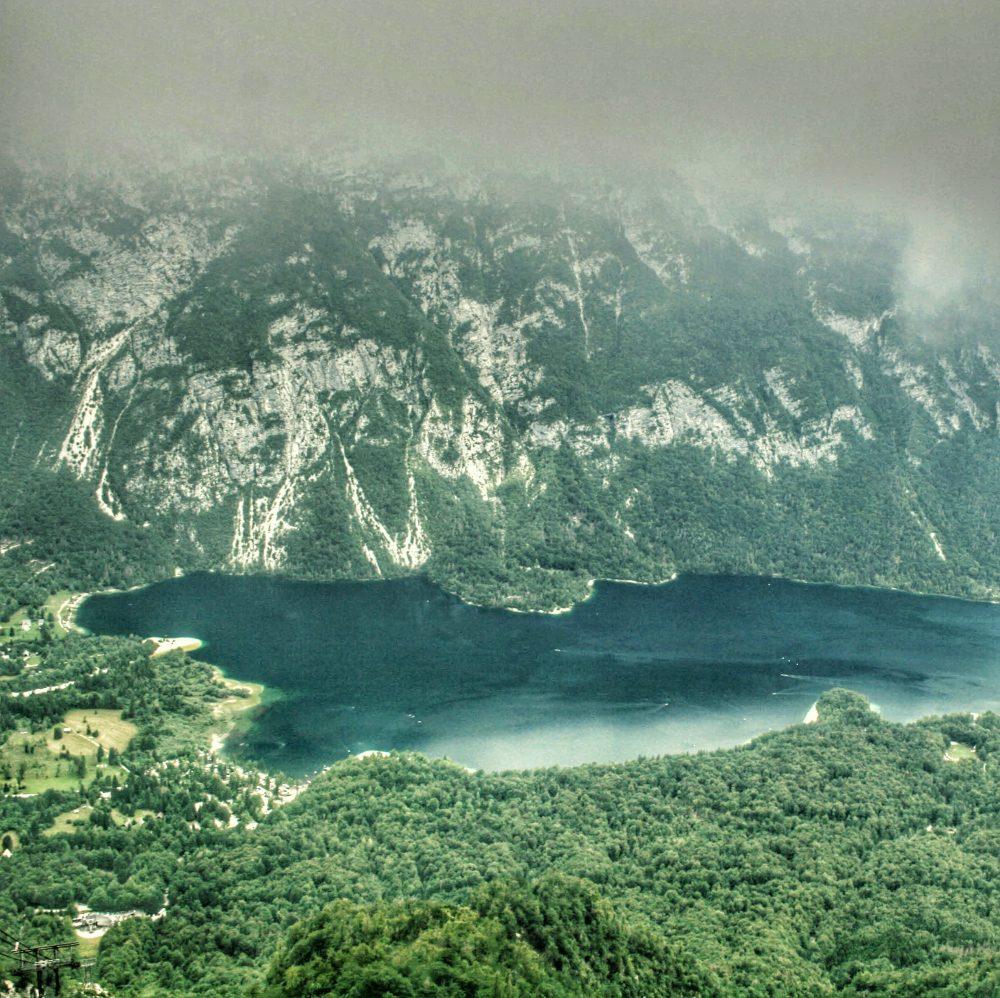 Bohinj lago (desde el teleferico de Vogel). Viaje a Eslovenia en autocaravana
