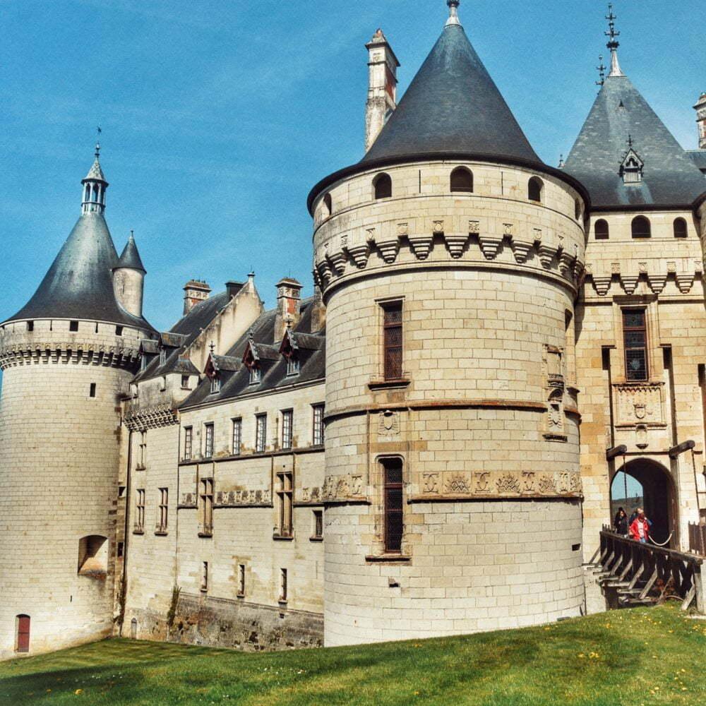 Un viaje a castillod del Loira con el castillo de Chaumont aquí