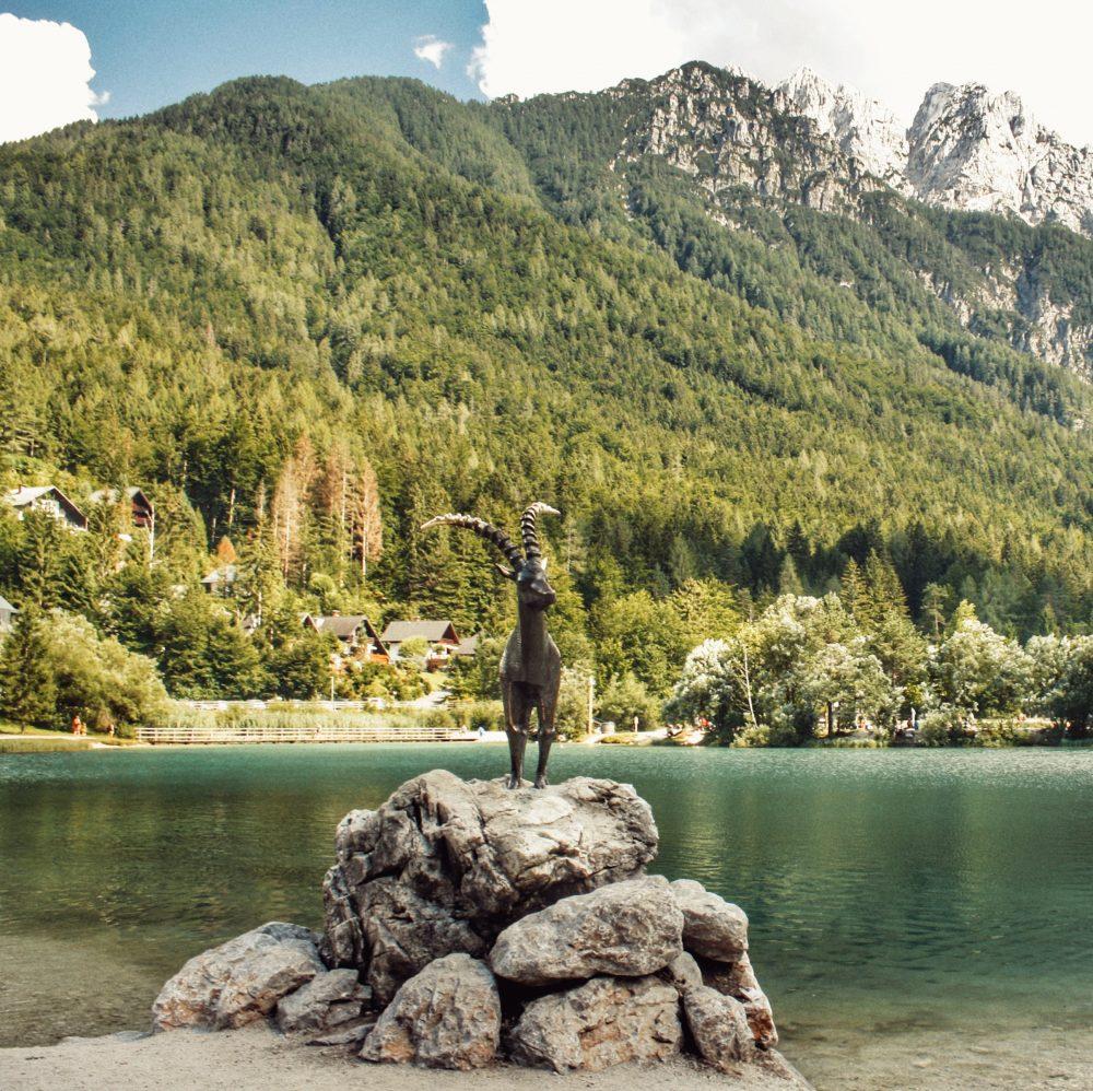 Kransja Gora (Jezero Jasna) de ruta por Eslovenia en autocaravana-