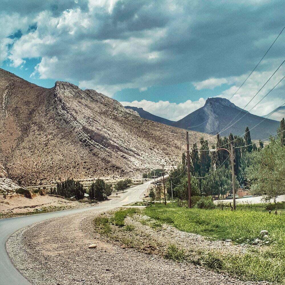 Route 40 Argentina in camper. Buta Ramquil, una città che attraversa il percorso Neuquen