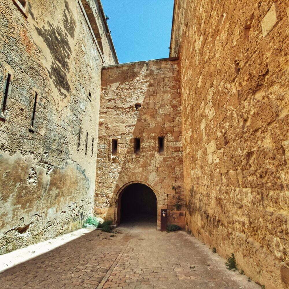La fortaleza de la Mola también llamada de Isabel II