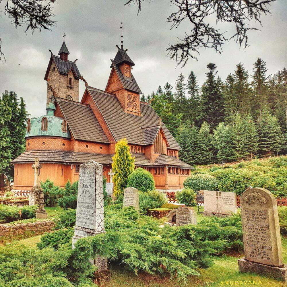 Chiesa di Vang