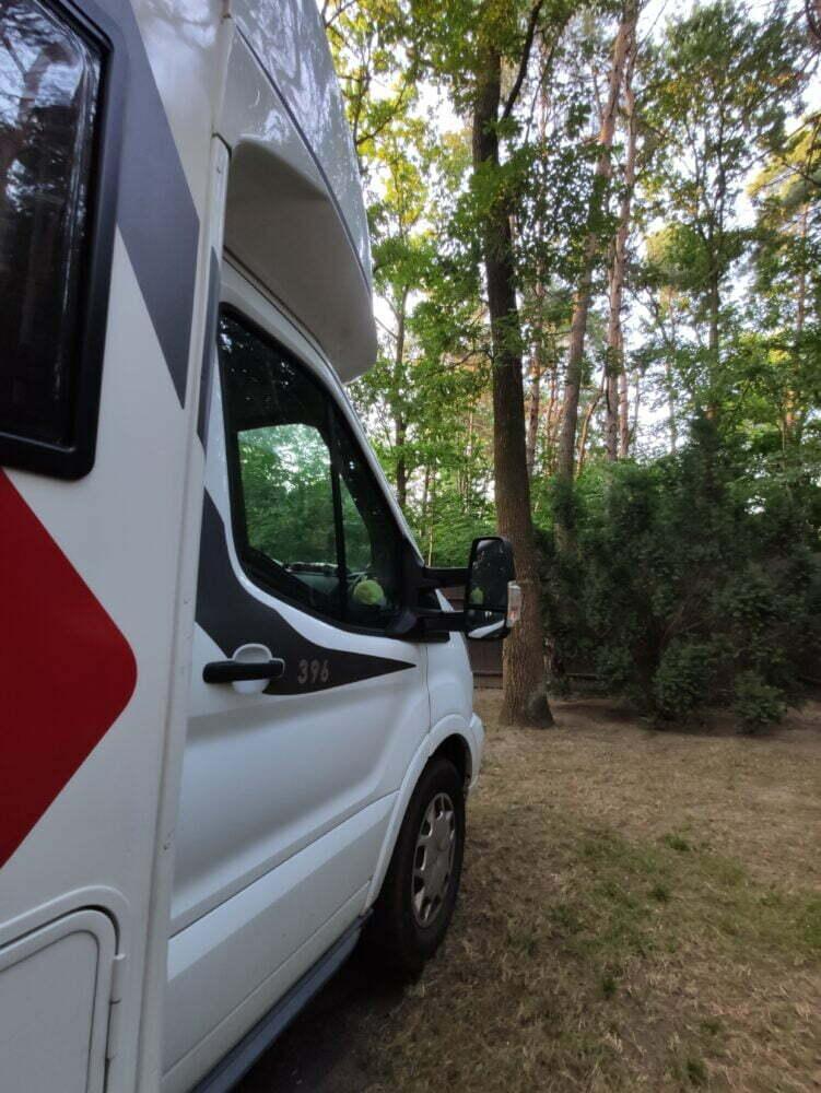 Aparcados en el camping Wok