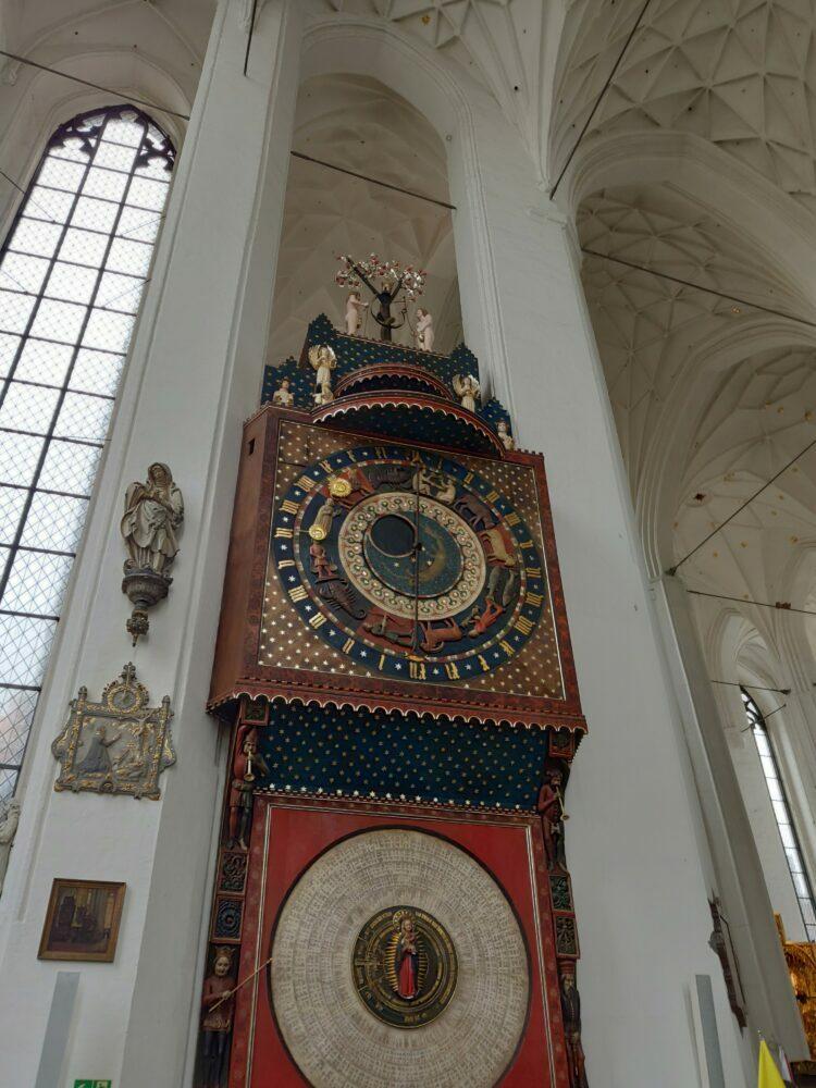 Horloge comme celle de Prague de Gdansk