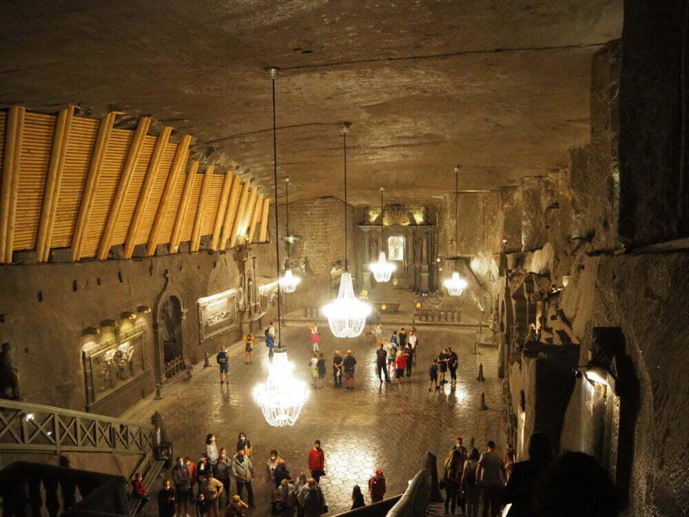 La capilla de Santa Kinga en la mina de sal en Polonia de Wieliczka